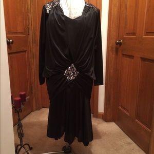 Dresses & Skirts - 🌹NWOT Plus size Black Formal/ Evening dress